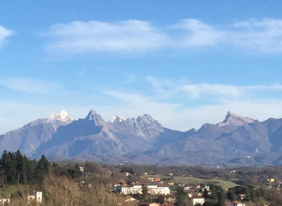 apuan alps in february