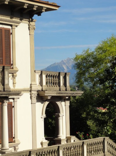 villa magnolia corner with mountain view